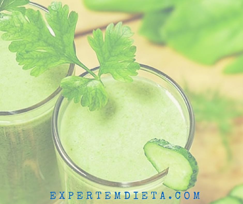A dieta detox tem vários sucos desintoxicantes.