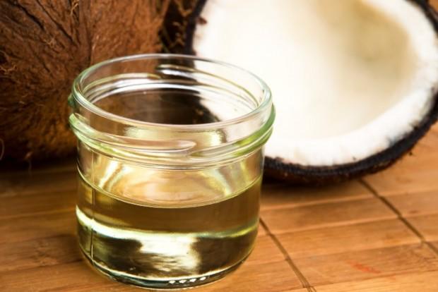 óleo-de-coco-ajuda a emagrecer